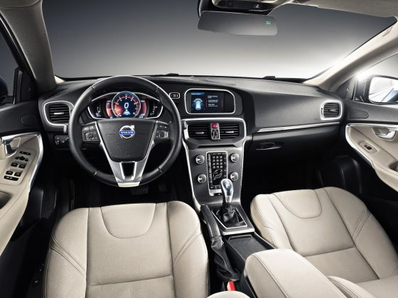Volvo V40 Interior Preview 2012