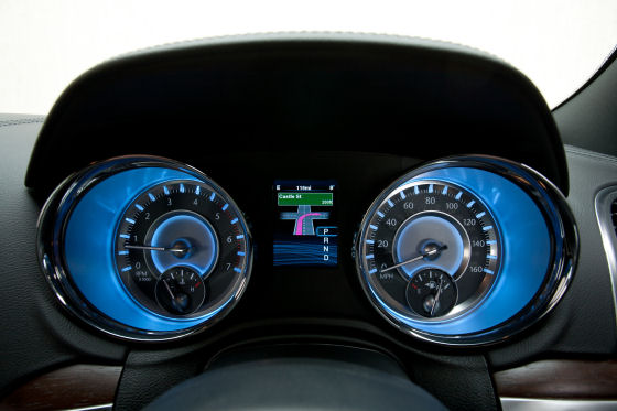 Chrysler 300C Instruments