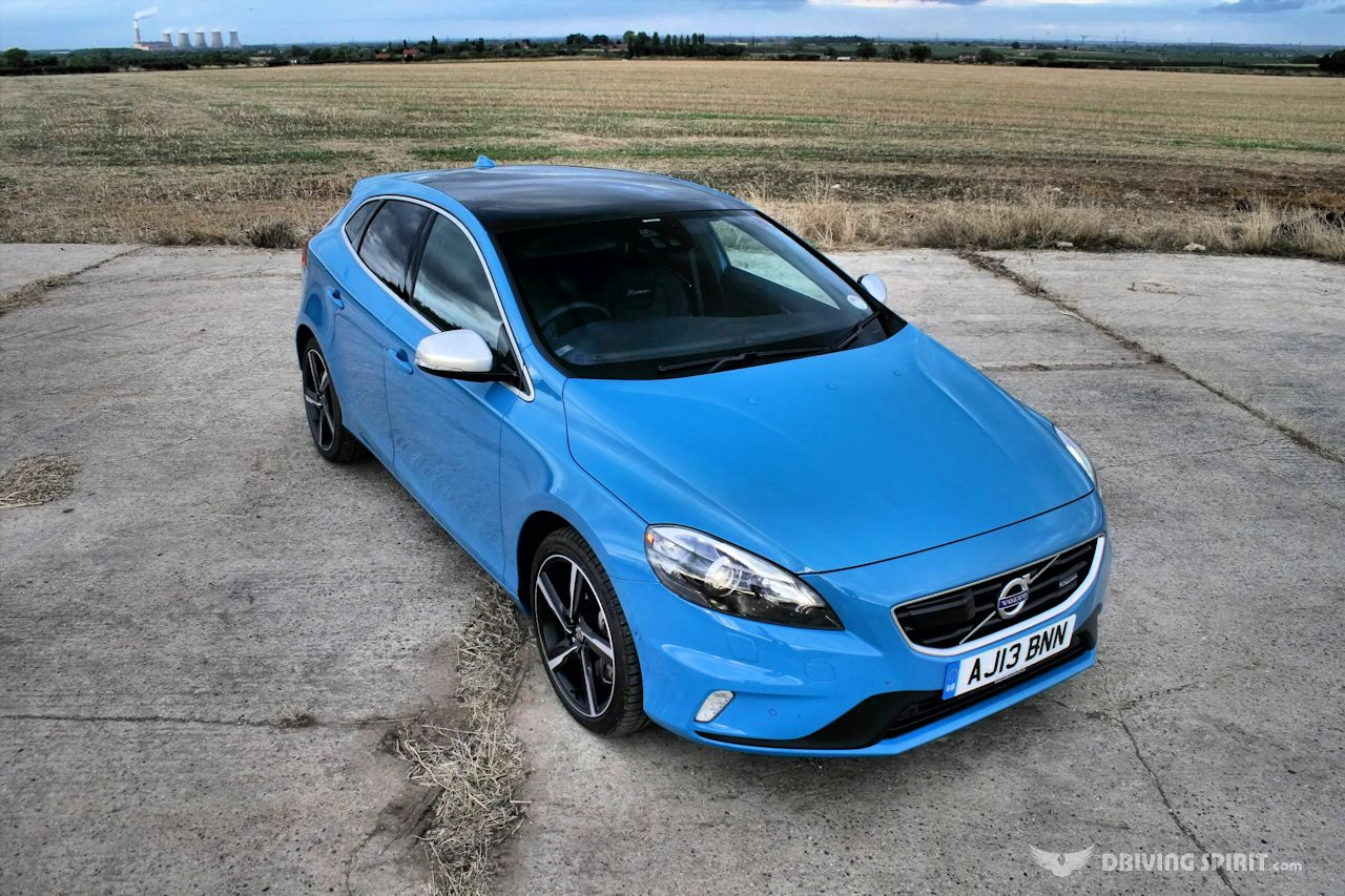 volvo v40 t5 five alive. Black Bedroom Furniture Sets. Home Design Ideas