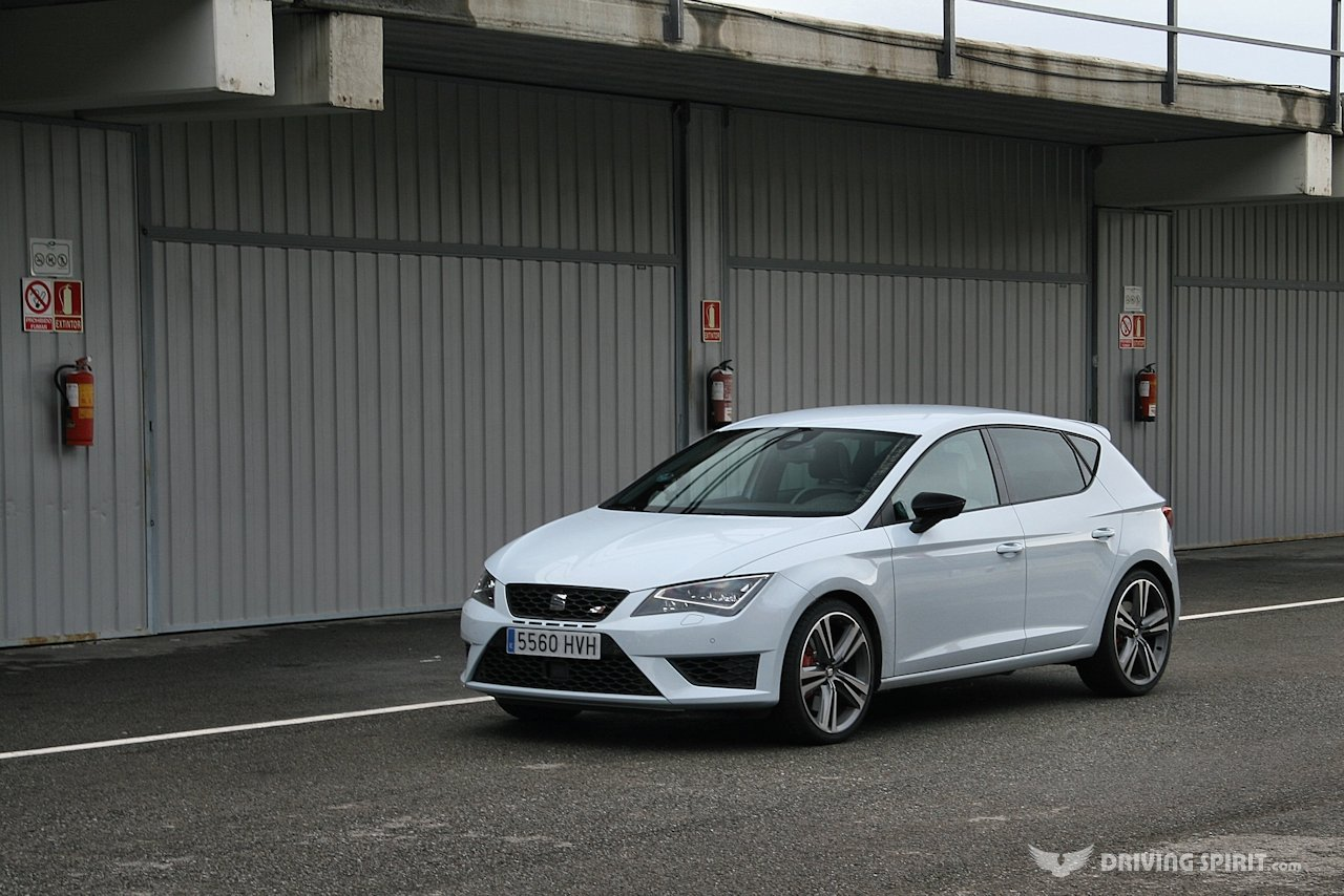 seat leon cupra 280 5 door 2014 driving spirit. Black Bedroom Furniture Sets. Home Design Ideas