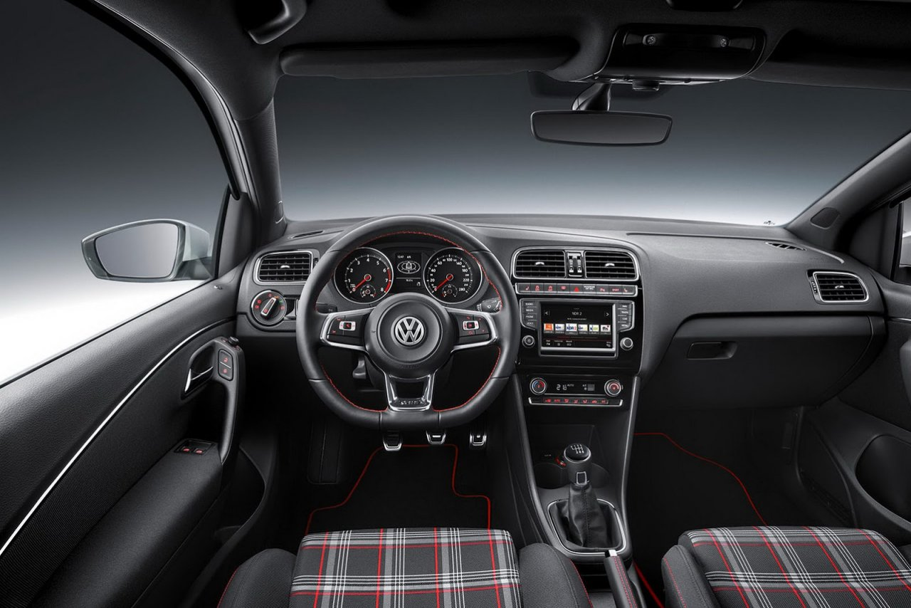 2015 Volkswagen Polo GTI Interior | Driving Spirit