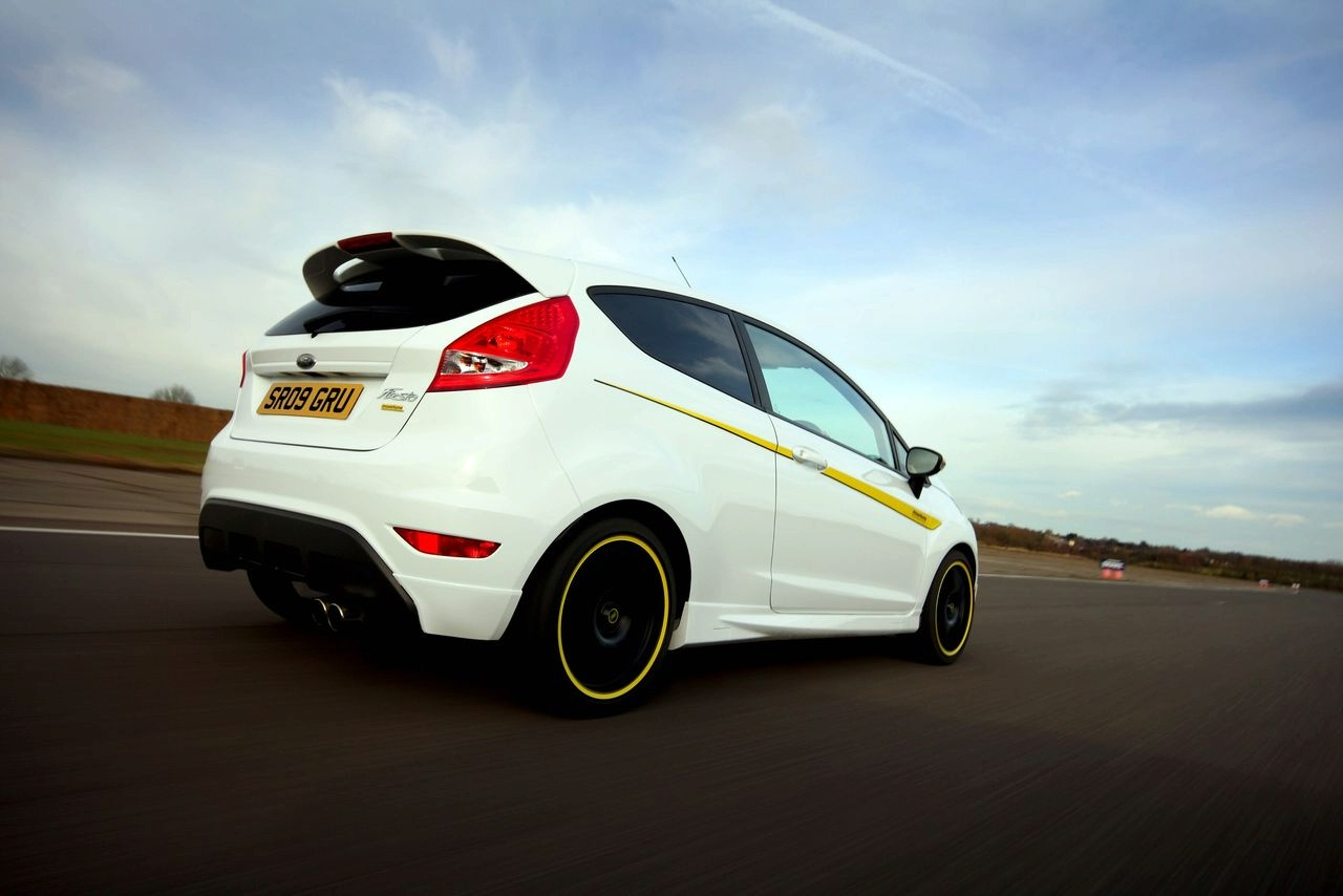 mountune make up for postponed ford fiesta st. Black Bedroom Furniture Sets. Home Design Ideas