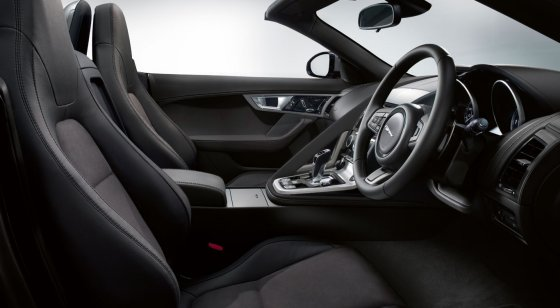 Jaguar F-Type V6 Interior